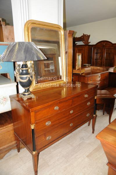 Bernardi luigi mobili antichi mobili rifatti e restauro for Piccoli mobili antichi