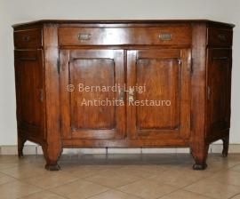 Credenza Con Piedi Alti : Bernardi luigi mobili antichi e in stile bassano del grappa